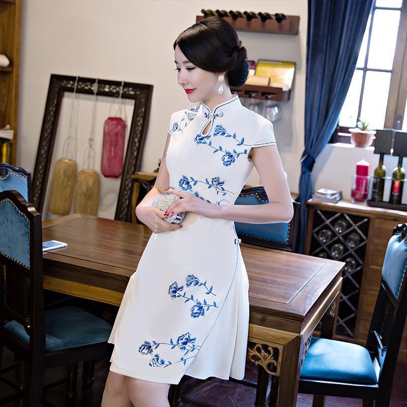 Hot Qipao Short Cheongsams Dress Vestido tradicional chino Plus Size Summer Flowers Vintage Oriental Robes 2017