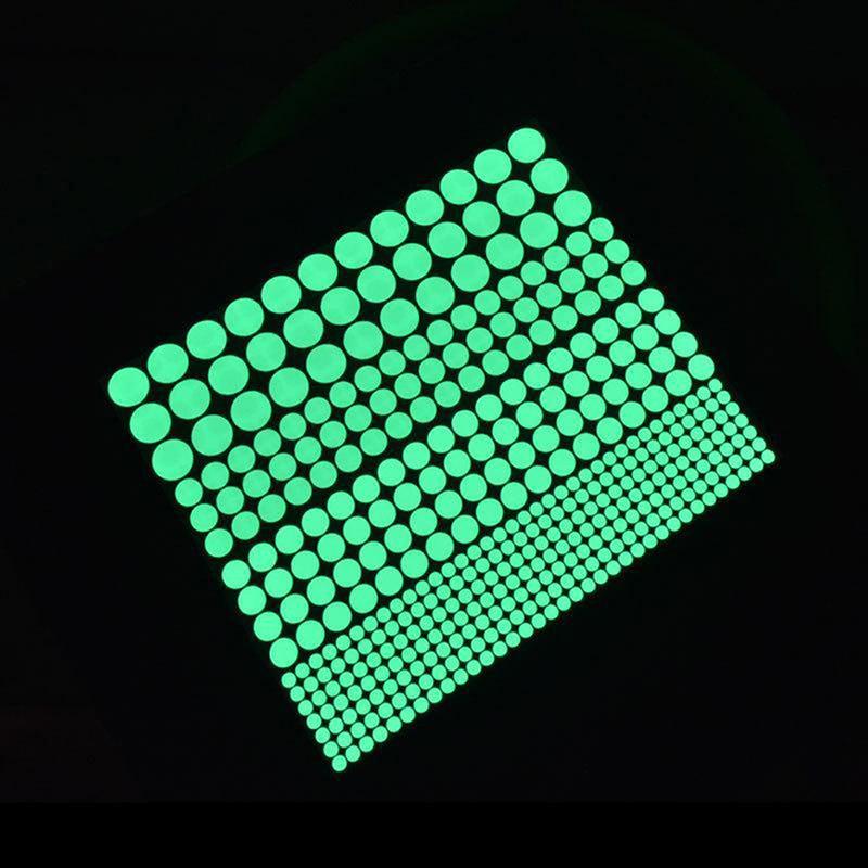 Frete grátis por atacado 400 pcs Luminoso Brilho Estrela Escura Rodada Dot Adesivos de Parede Para Casa Decoração de Teto IC971513