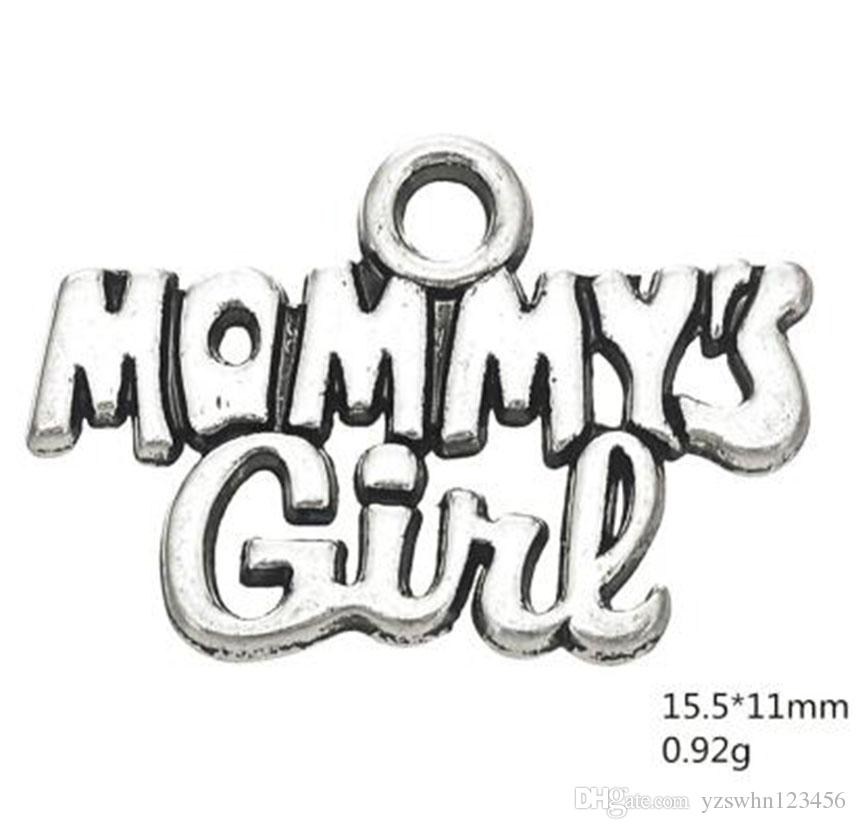 Amuletos de palabras de amor de niña de mamá para hija