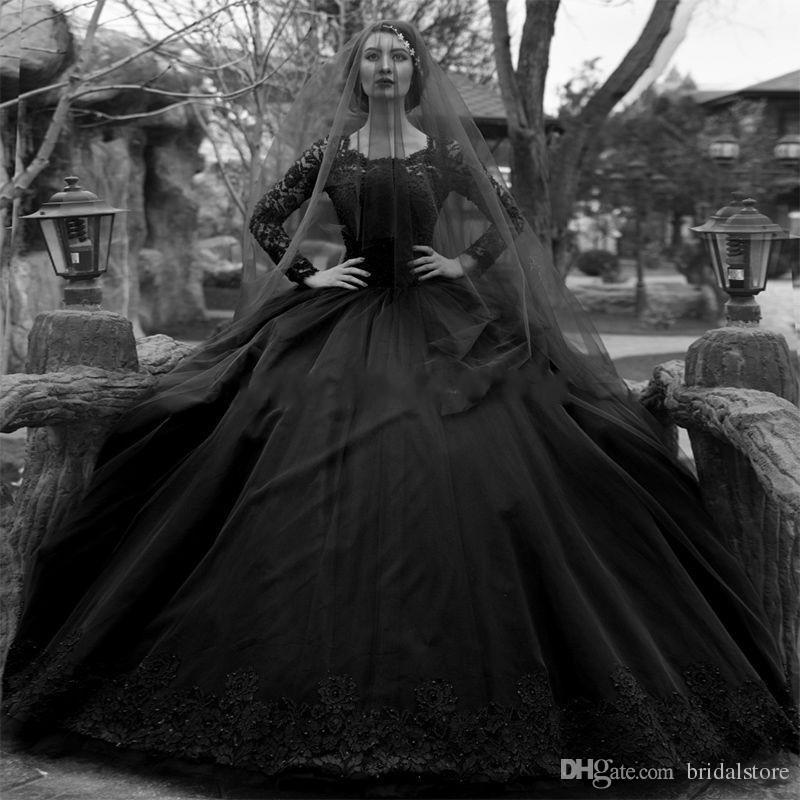 Pays Vintage Robe De Bal Noir Robe De Mariée Gothique Avec Appliques Décolleté À Manches Longues Dentelle Robes De Mariée Plus La Taille Bouton Train 2019