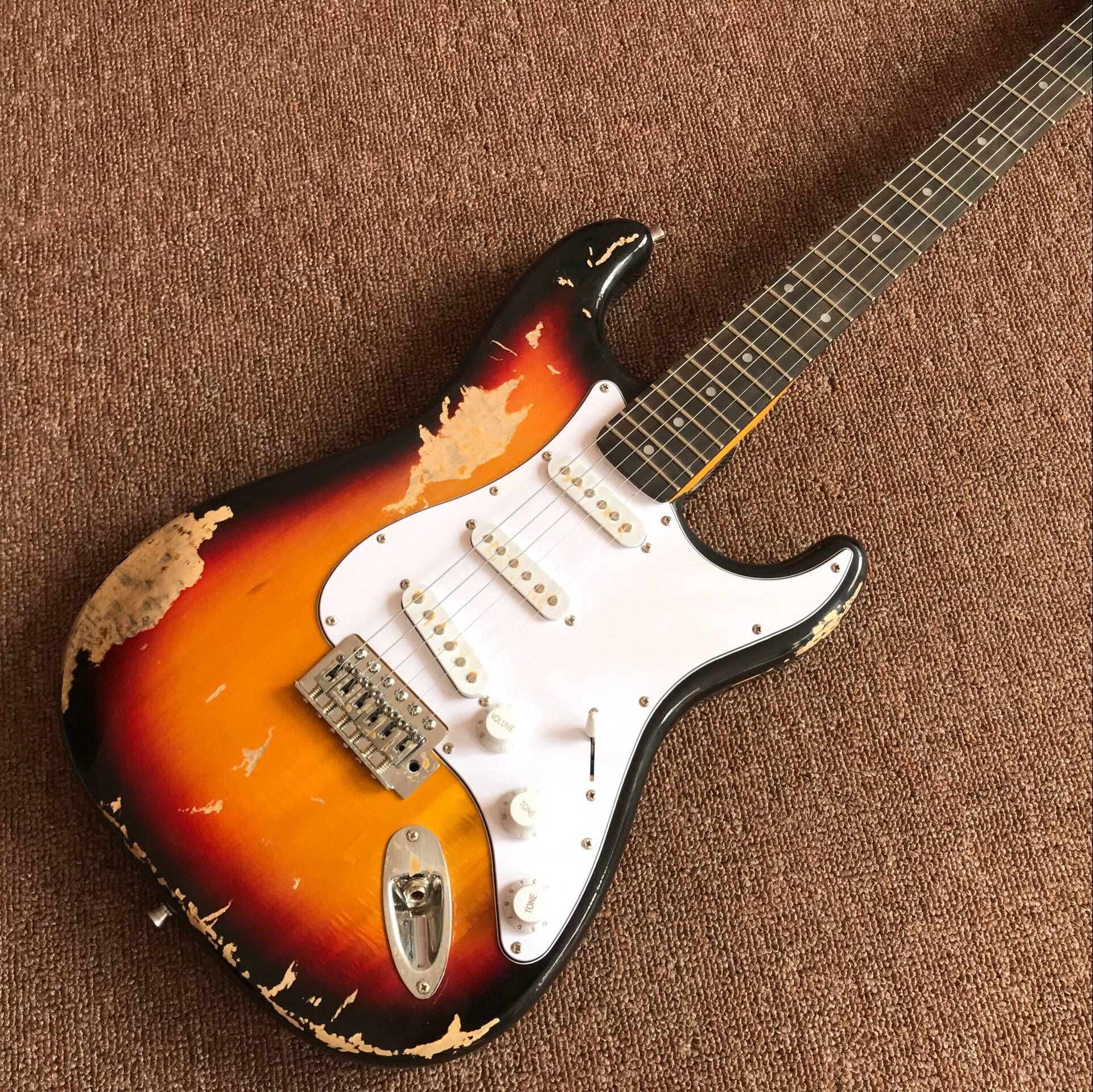 Commercio all'ingrosso nuovo fen st chitarra elettrica personalizzata / marca oem Sunburst colore gitaar / guitarra in cina. reliquie a mano. Spettacoli di foto reali