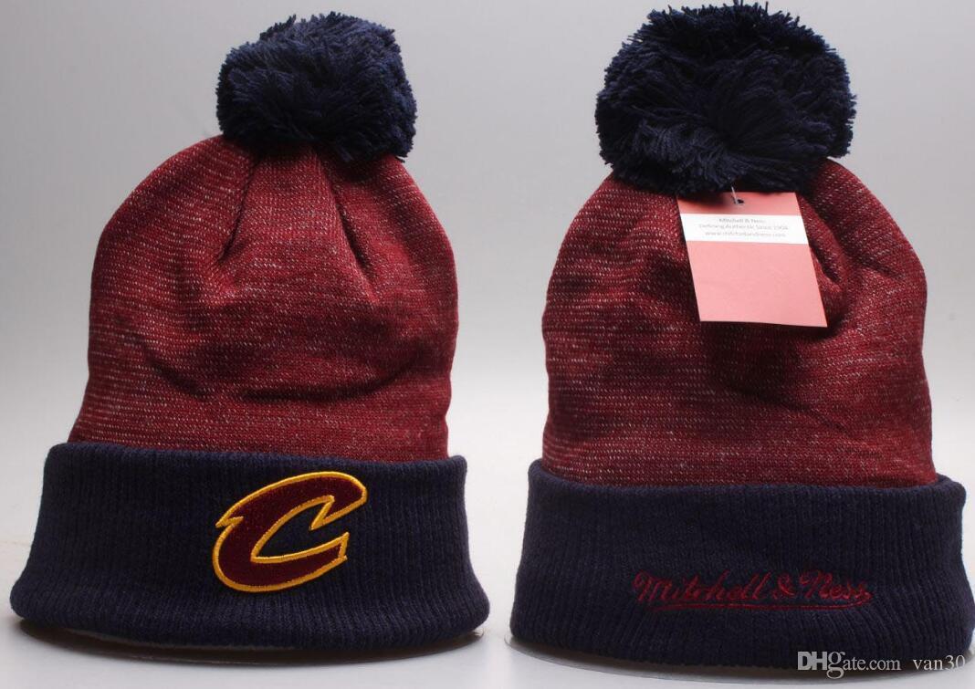 Chapeau Tricot/é Unisexe Hiver Casquettes Hat Lakers Chapeau de Basket-Ball Ski en Plein Air Sports Cap Pompon Bonnet Casquettes