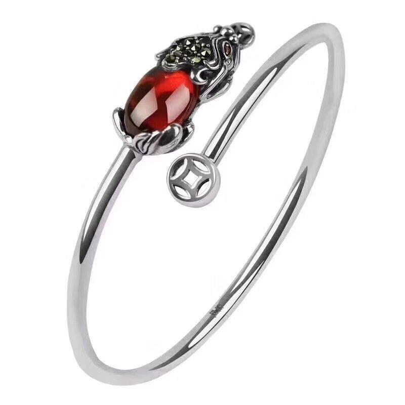Schmucksachearmbanddamenmode der Dame 925 silbernes Armband Granatapfelrot Armbandhersteller das beste Geschenk für die Freundin oder die Mutter