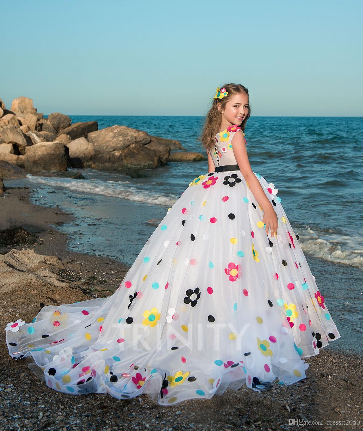 Jolies Tulle Blanc Applique Plage Robes De Fille De Fleur Filles Pageant Robes Fêtes / Robe D'anniversaire / Jupe Taille Personnalisée 2-14 DF711379