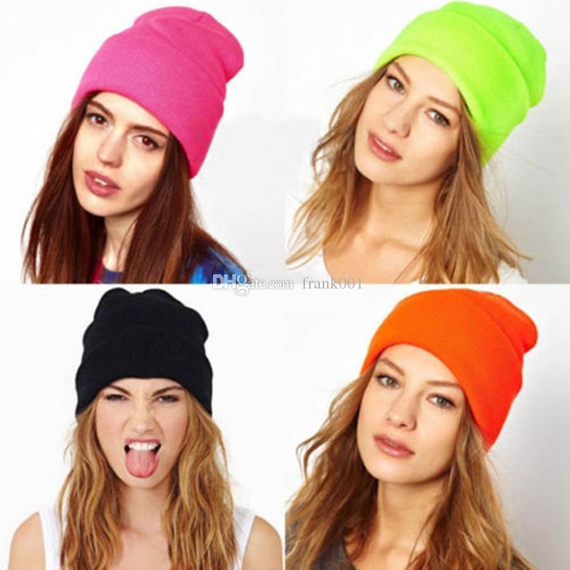Mode Tricoté Néon Femmes Beanie Filles Automne Casual Cap Femmes Chaud Hiver Chapeaux Unisexe Bérets livraison gratuite