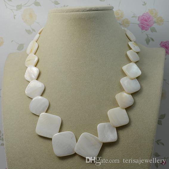 Weiße FarbeSquartz natürliche Shell-Halsketten-Art- und Weisedame Hochzeitsfest-Schmucksachen, Frauen-Geschenk-Halskette neues freies Verschiffen