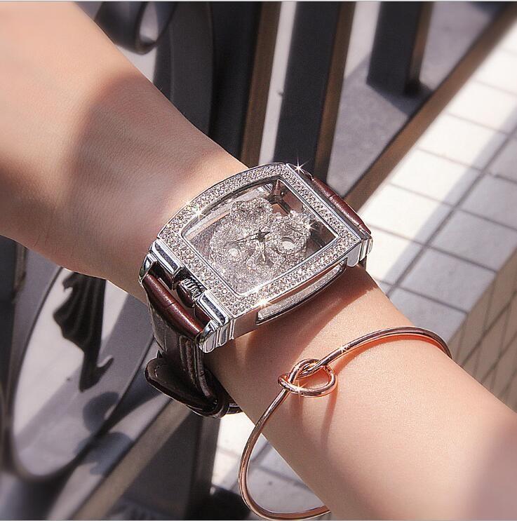 2018 new authentic ladies watch diamond-encrusted leather belt quartz waterproof personality fashion tide female watch