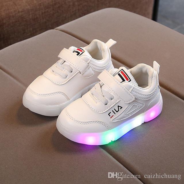 13.5 child shoe size in european