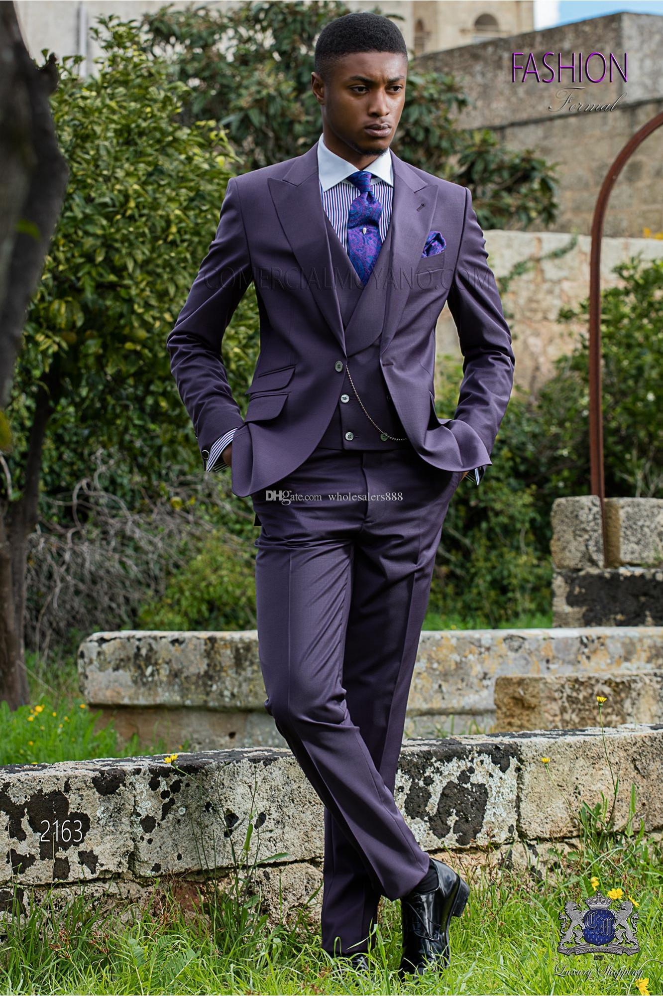 Nach Maß Groomsmen Dark Purple Bräutigam Smoking Spitze Revers Männer Anzüge Hochzeit Bester Mann-Bräutigam (Jacket + Pants + Vest) L120