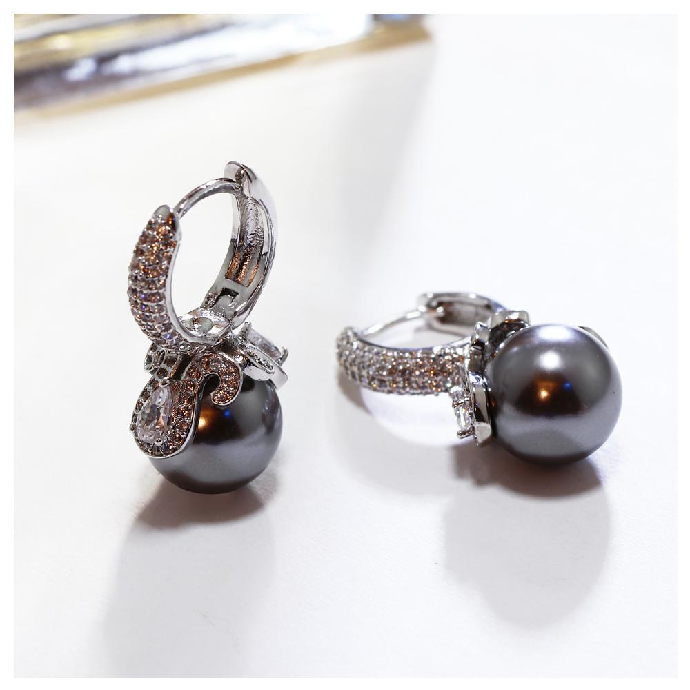 Pendientes de gota de las mujeres calientes de la moda Simulated Grey Pearl Rhodium Color con circón cúbico Crystal Vintage Jewelry Gift para Lady
