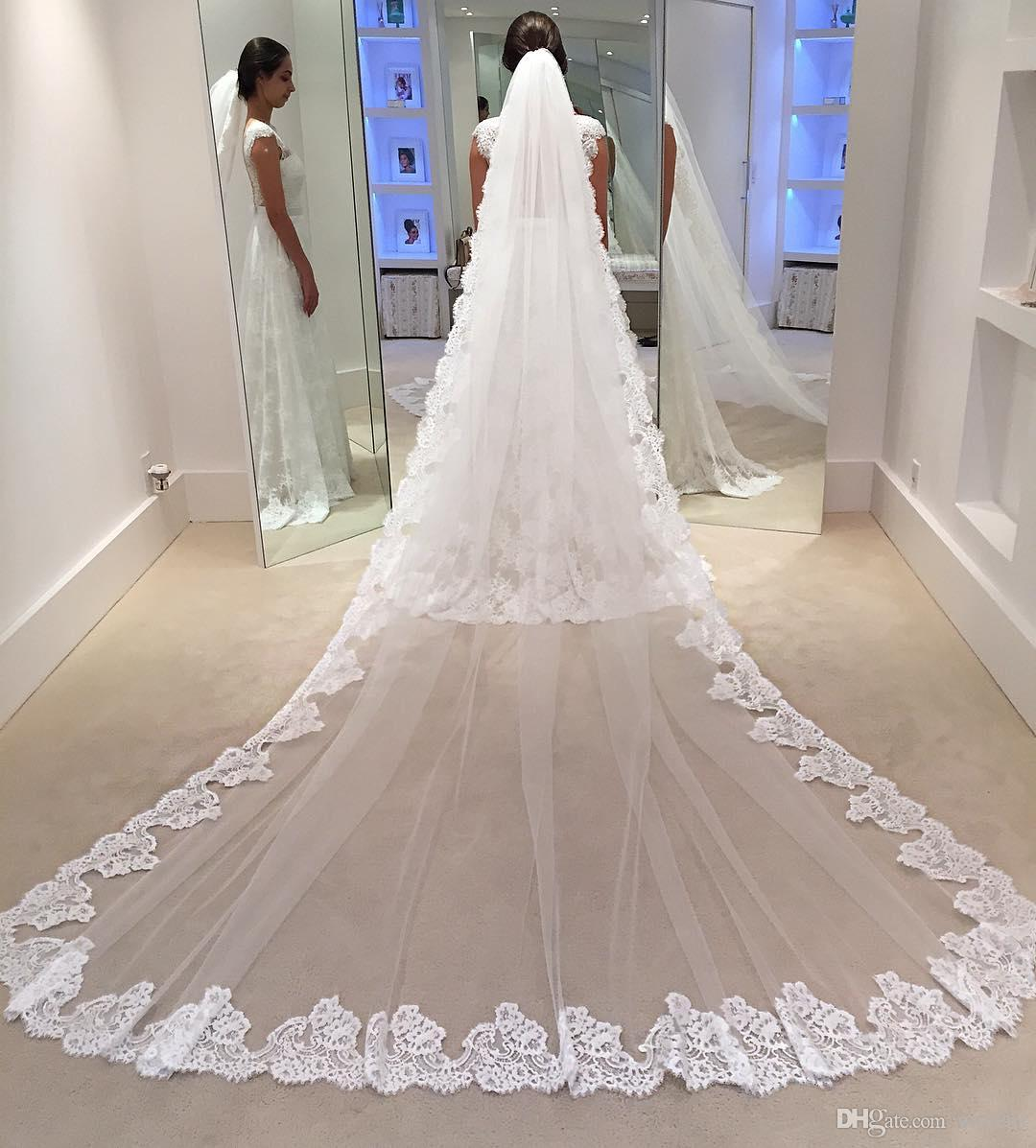 Cheap White 3M One Layer Lace Wedding Veils Appliqued Long Cathedral Length Veils Tulle Bridal Veil With Comb