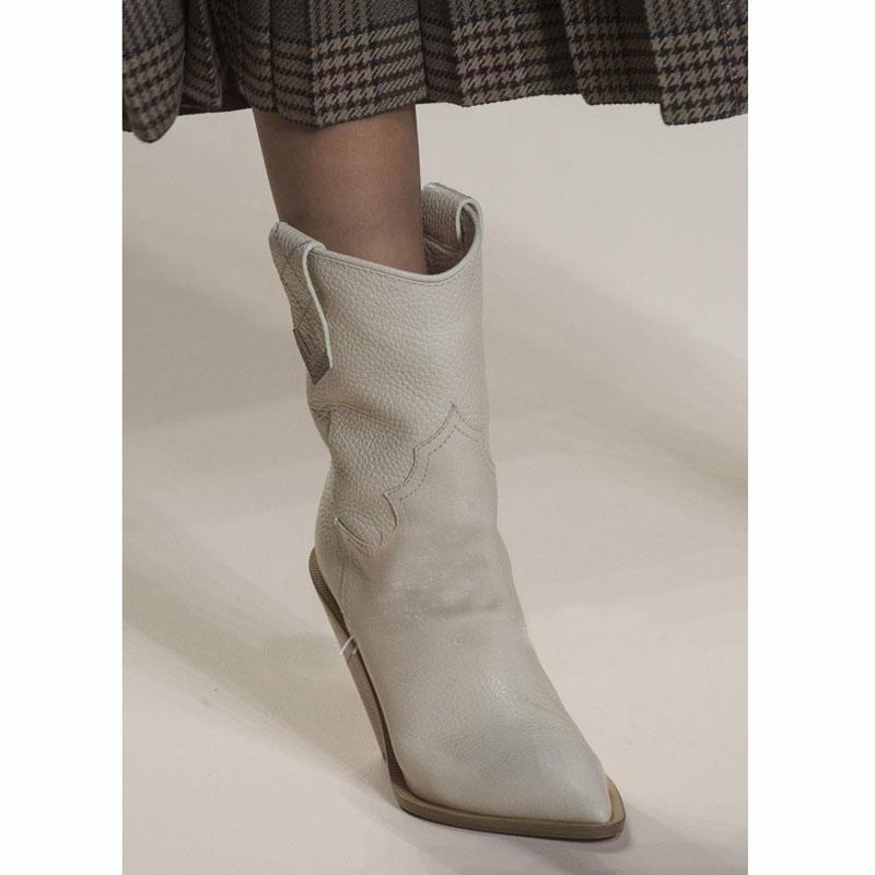 Großhandel Rosa Snake Print Damen Stiefel 2018 Spitze Kniehohe Stiefel Blockabsatz Mitte Kalb Reitstiefel Winter 2019 Runway Big Size 42 Von