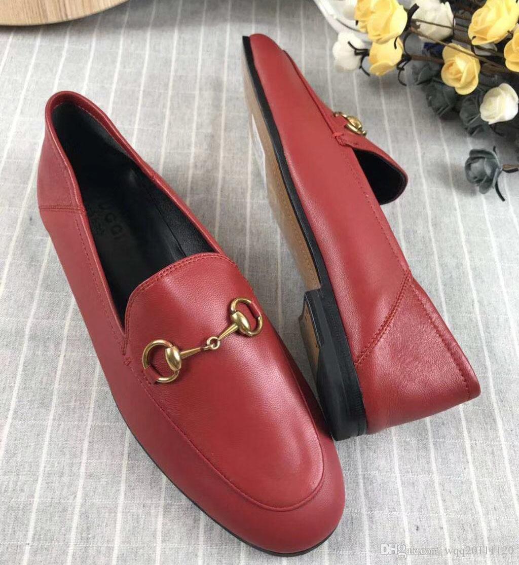 2021 Pacote vermelho. Novo 5 sapatos cheios, couro senhoras, fundo grande, cores inferiores, tamanho de couro branco, 35-41, preto, marrom, liso rosa, genu xnmx