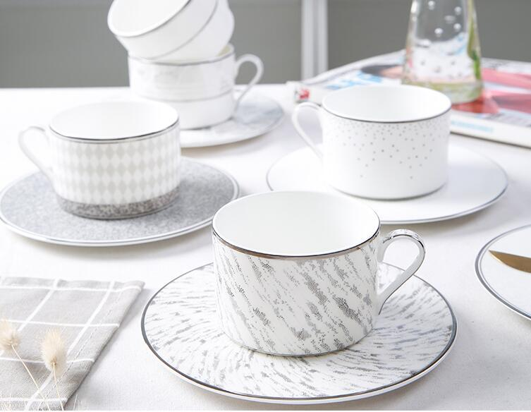 Luxury Drinkware 3 pcs European Ceramic Tea Set Porcelain coffee set Coffee Pot Coffee Jug Cup Saucer set CT27
