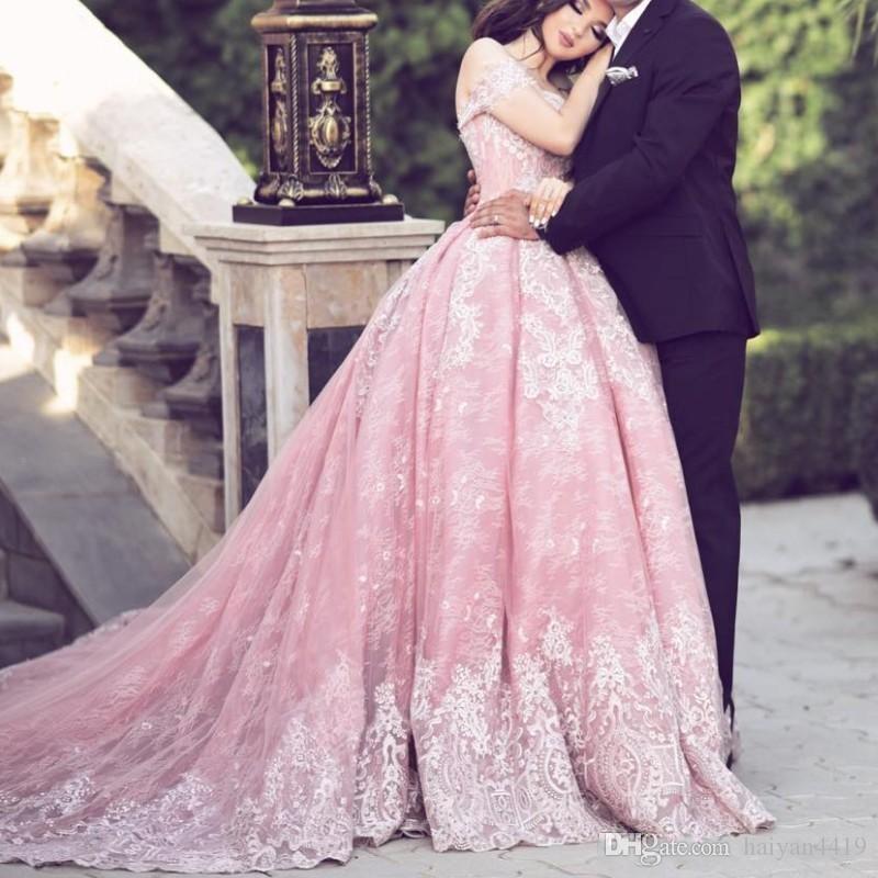 2018 robe de bal rose robe de bal hors épaule en dentelle appliques mancherons corset dos longues robes de soirée robe de soirée glamour Arabie Saoudite