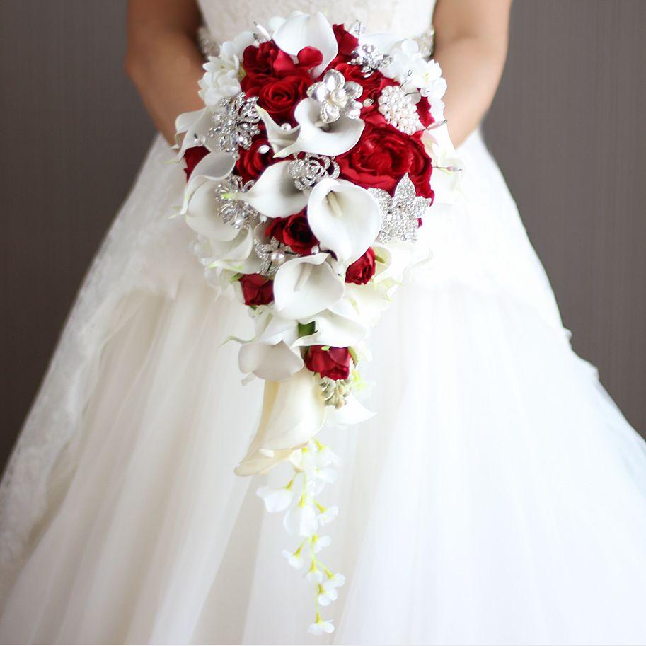 زهور الزفاف الأحمر الشلال زهور الزنبق الأبيض الزنبق الزنبق الزجاجي ... ... اللآلئ المصطنعة ... ...