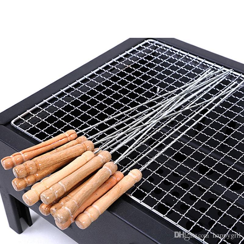 Brochetas de barbacoa Asado de acero inoxidable Cuerda de barbacoa con mango de madera Palo de bbq Agujas Excursiones al aire libre Herramientas de cocina