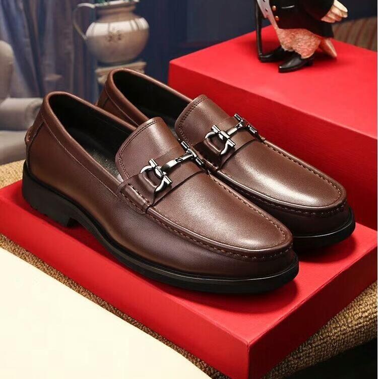 디자이너 신발 금속 버클 비즈니스 캐주얼 가죽 신발 상단 층 가죽 신발 청소년 인기 로고 남성 정장 신발 웨딩 G3,13