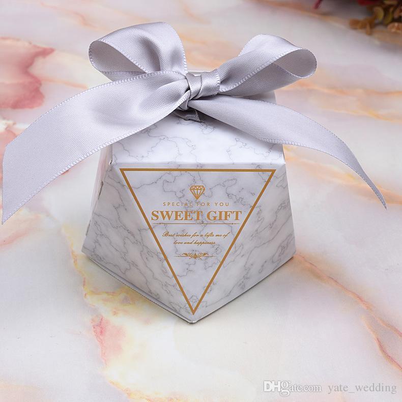 2019 최신 다이아몬드 종이 사탕 상자 크리 에이 티브 결혼식 호의 게스트 결혼식 파티 선물 상자 리본