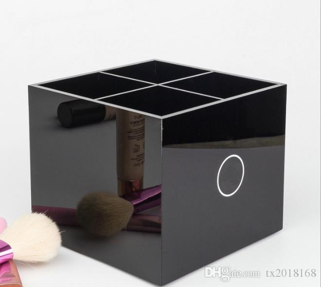 Nouveau Classique Toilette en acrylique de haute qualité 4 boîte de rangement en grille Accessoires de rangement pour cosmétiques Rangement pour pinceaux pour cosmétiques Cadeau Vip 2018