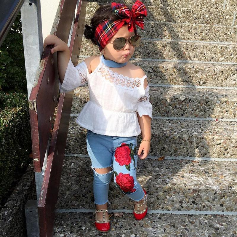Crianças verão crianças roupas meninas roupas conjunto branco strapless oco out t-shirt + buraco cor-de-rosa jeans bebê meninas conjunto de roupas 2pcs conjunto