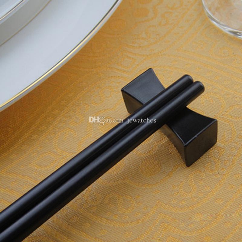 Estilo chinês Cor Preta Irregular Em Forma de Travesseiro Chopstick Pauzinhos Descanso Rest Hotel Restaurante Talheres