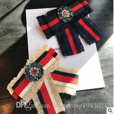 Bow bowknot embroidered diamond Brooches For Women Pin 2018 Real Brooches Embroidered Rose Bowknot Brooches Shirt Collar Accessories Flower
