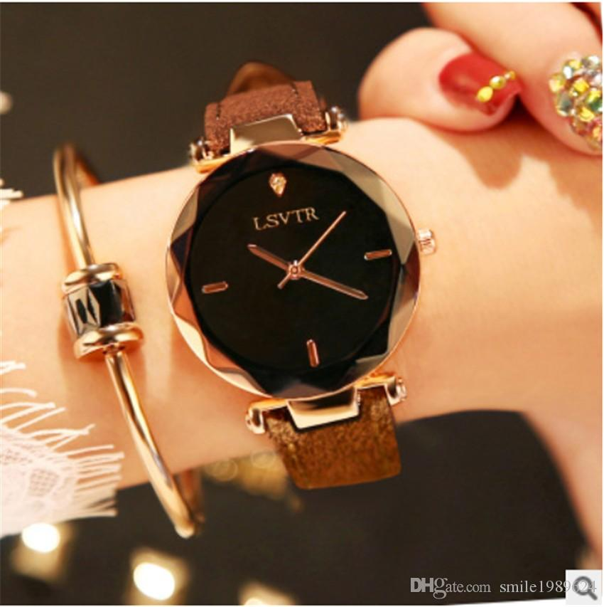 Lady's Wristwatches Casual Quartz Watch Female Women Diamond Shining Bling Bling Woman's Watches Leather Band 7 Colors