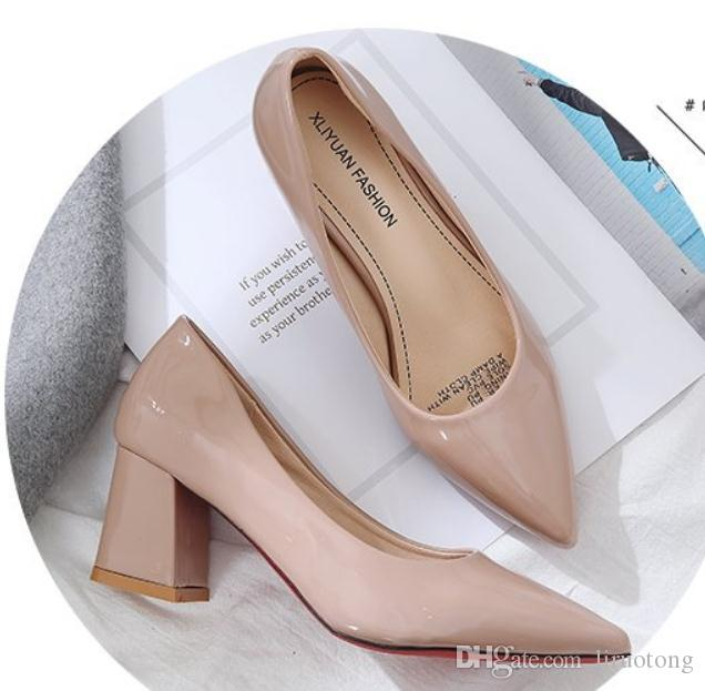 Free send 2018 spring new style Korean Coarse heel pointed end high heeled shoes Shallow mouth women Single shoes