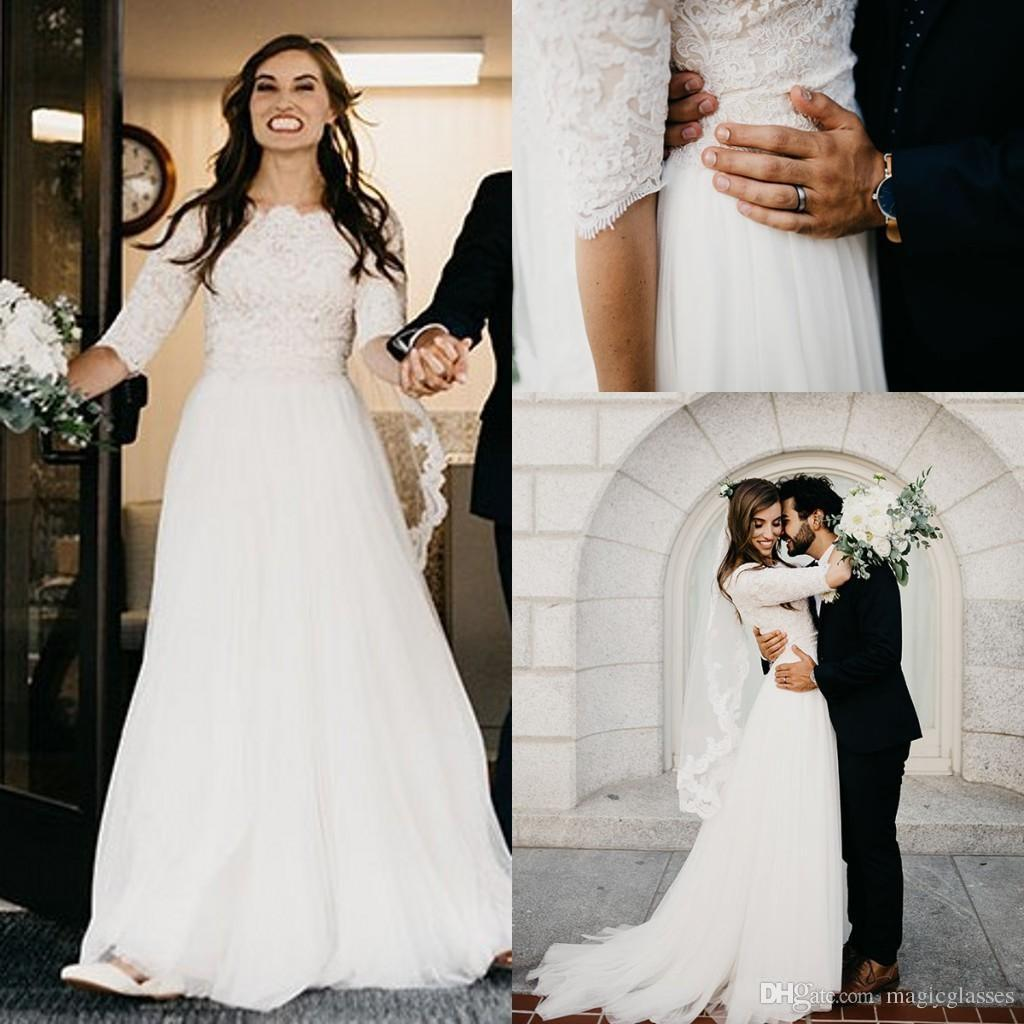 Champagne A-line Ivory Lace Modest Wedding Dresses 2018 With Half Sleeves Boat Neck Short Sleeves Informal Boho Country Bridal Gowns Sleeved