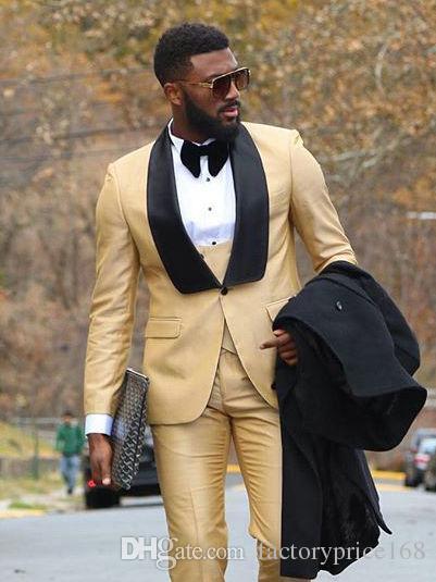 En Yeni Yakışıklı Bir Düğme Bej Şal Yaka Damat smokin Groomsmen Best Man Suit Erkek Düğün Suit Damat (Ceket + Pantolon + Vest + Tie)