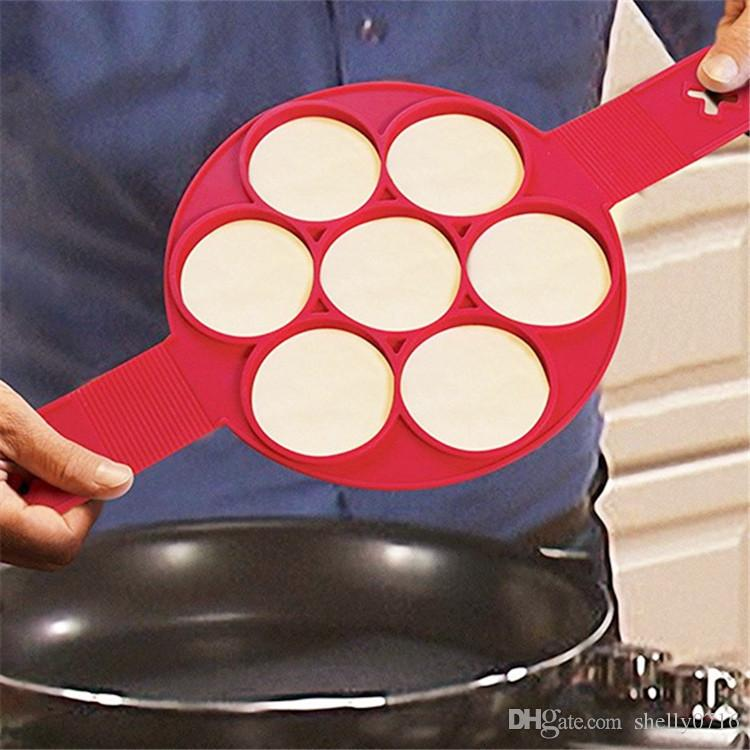 Yapışmaz Flippin Fantastik Gözleme Pan Çevirme Mükemmel Kahvaltı Makinesi Yumurta Omlet Flipjack Araçları 7 Izgaralar Gözleme Yapımcısı Mutfak Pişirme Kalıpları