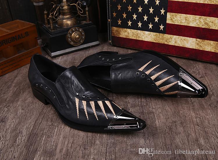 Zapatos de vestir de cuero sólido negro envío gratis tamaño masculino 37-46 bordado Oxfords Oxfords zapatos de punta de metal puntiagudo