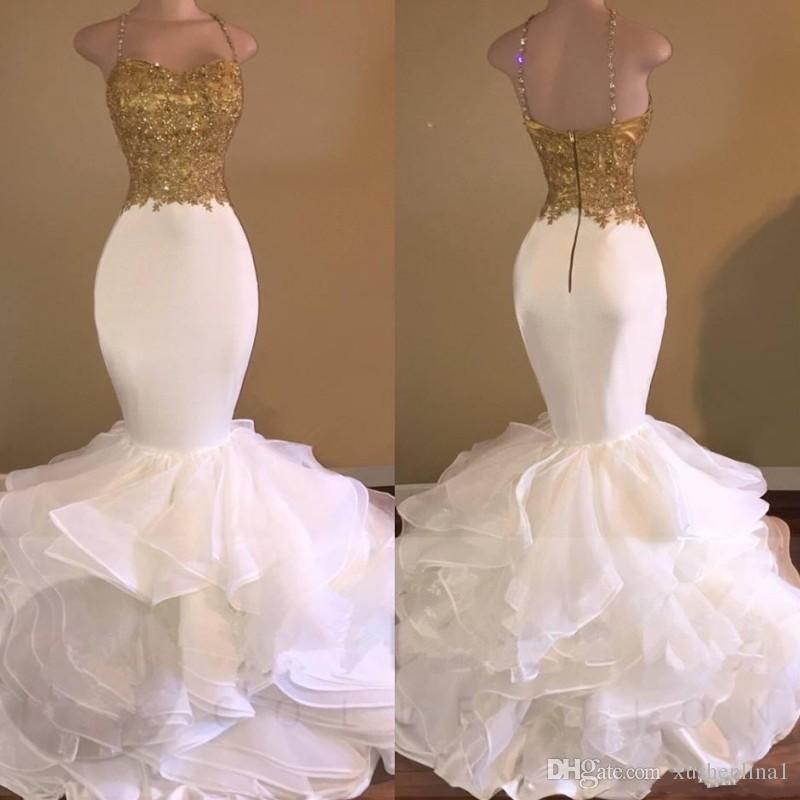Seksowna GoldenWhite Mermaid Prom Dresses 2018 Spaghetti Pasek Aplikacje Koronki Ruffles Wielopiętrowy Party Dress Fashion Backless Afryki Sukienka