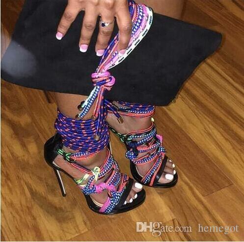 تو فتح متعدد الألوان حبل المصارع الخنجر صندل روما تصميم أحذية عالية الكعب الدانتيل يصل الصنادل الأحذية منصة حزب اللباس أحذية
