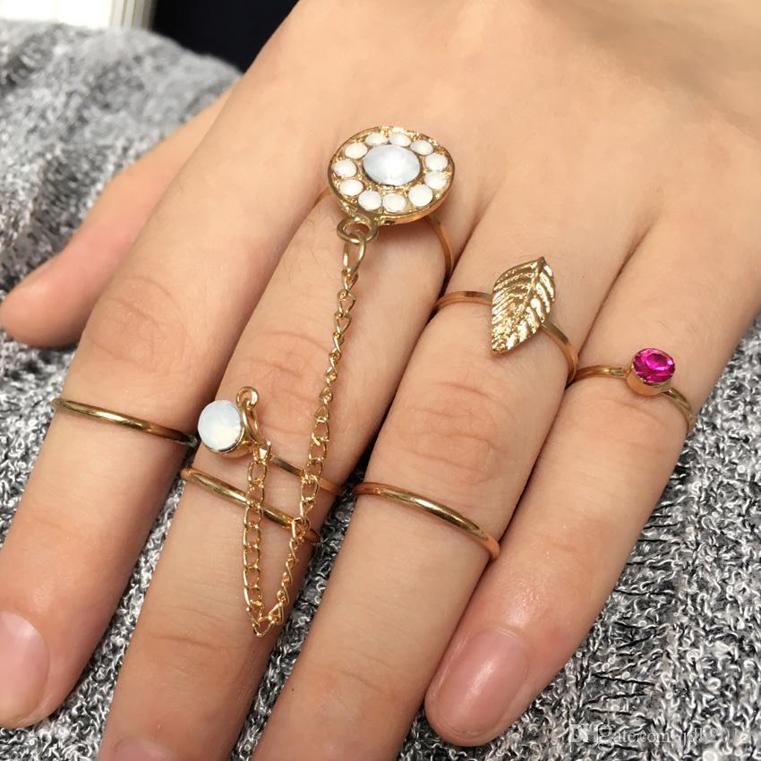 7Pcs Stack Rings Golden Leaf Birth Stone Joint Rings Knuckle Nail Ring Set
