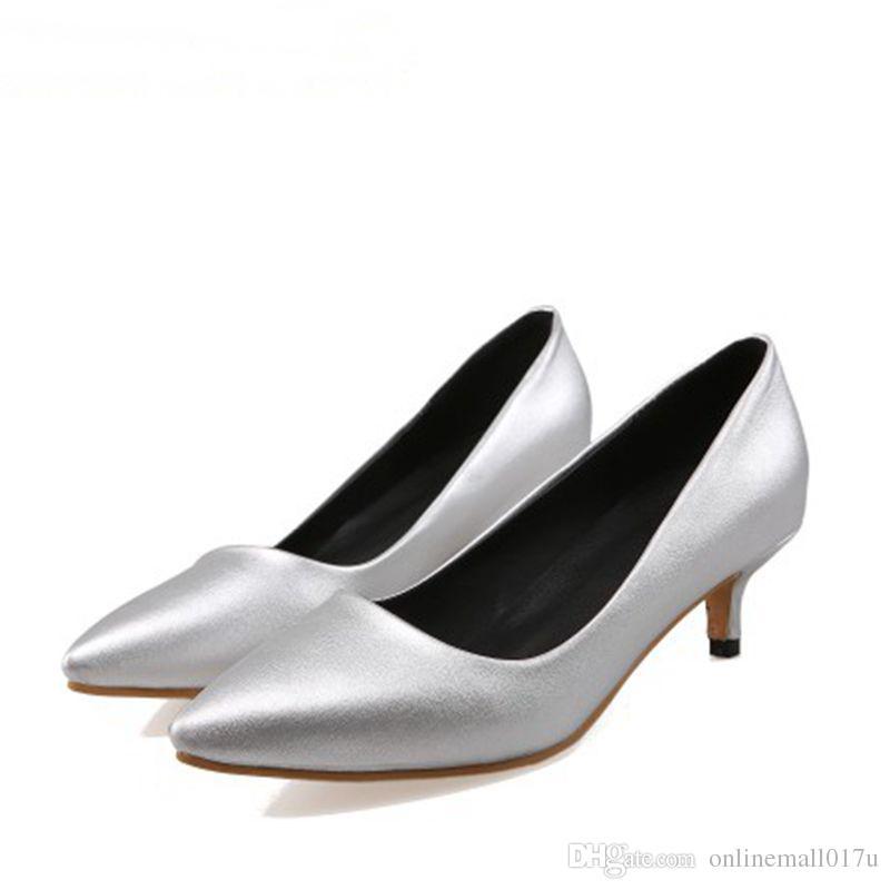كبيرة الحجم 34-47 حذاء امرأة جديدة السيدات الزفاف منخفض كعب حذاء أزياء حلوة اللباس أشار تو المرأة مضخات