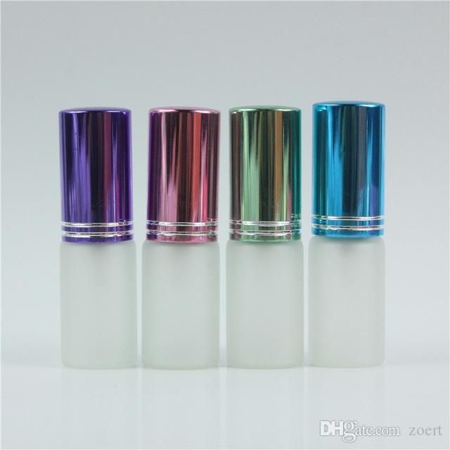 300pcs / lot 5 ملليلتر البسيطة لطيف بلوري الزجاج زجاجة العطور مع رذاذ الفارغة حالة مرفص مع الملونة للسفر