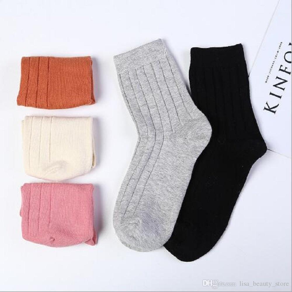 Chaussettes femme 99% coton 12 paires / lot Chaussettes de couleur au hasard