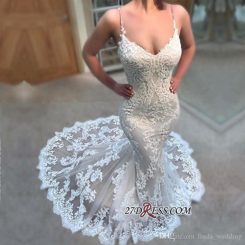 Дешевые African Backless Свадебное платье Русалка Кружева Аппликации Long Garden Country Church невесты свадебное платье сшитое Плюс Размер