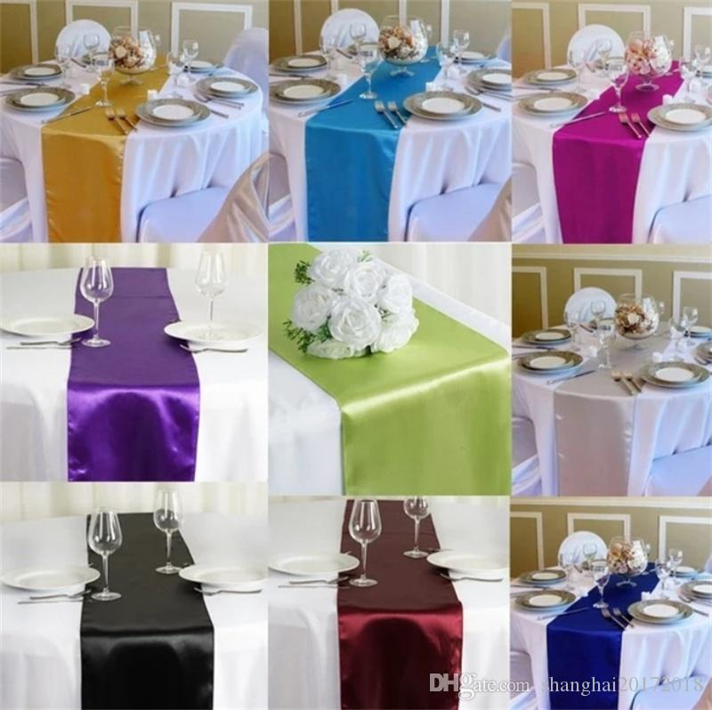 10 pcs / lot Marque New Hot Satin Chemin de Table De Fête De Mariage De Réception Banquet Coloré Home Textile Décorations Décor À La Maison Table Runner