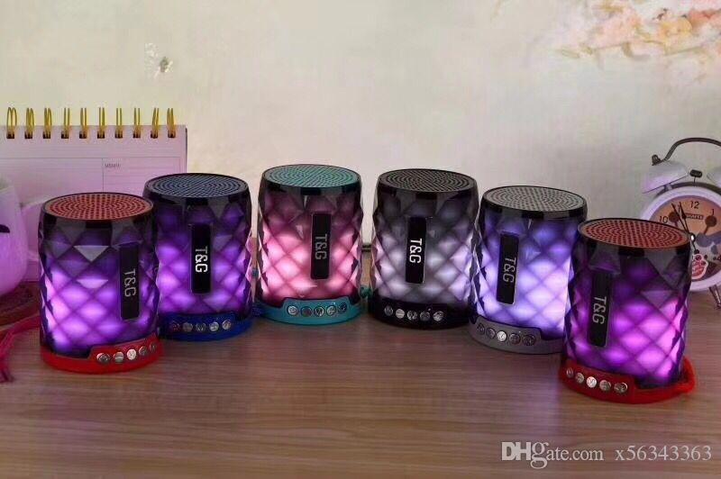 TG155 Altavoces inalámbricos portátiles Bluetooth Subwoofer Colorido LED Luz de la lámpara Soporte TF Tarjeta FM MIC Mini altavoz del coche