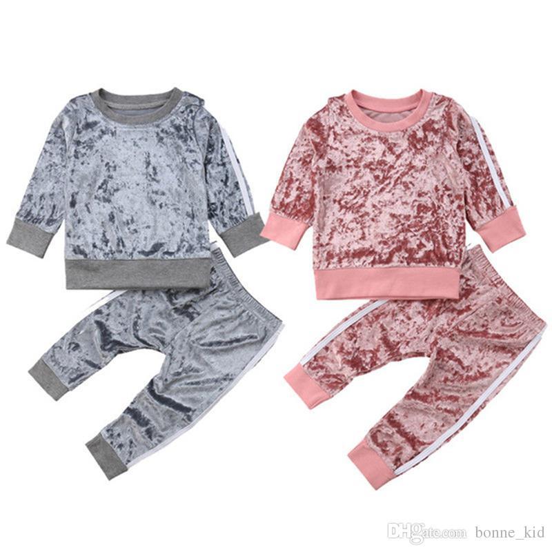 2018 Kid Baby Boys Girls Sports Traje de terciopelo a rayas Otoño Primavera Conjunto de trajes Pinik Grey Colors de alta calidad