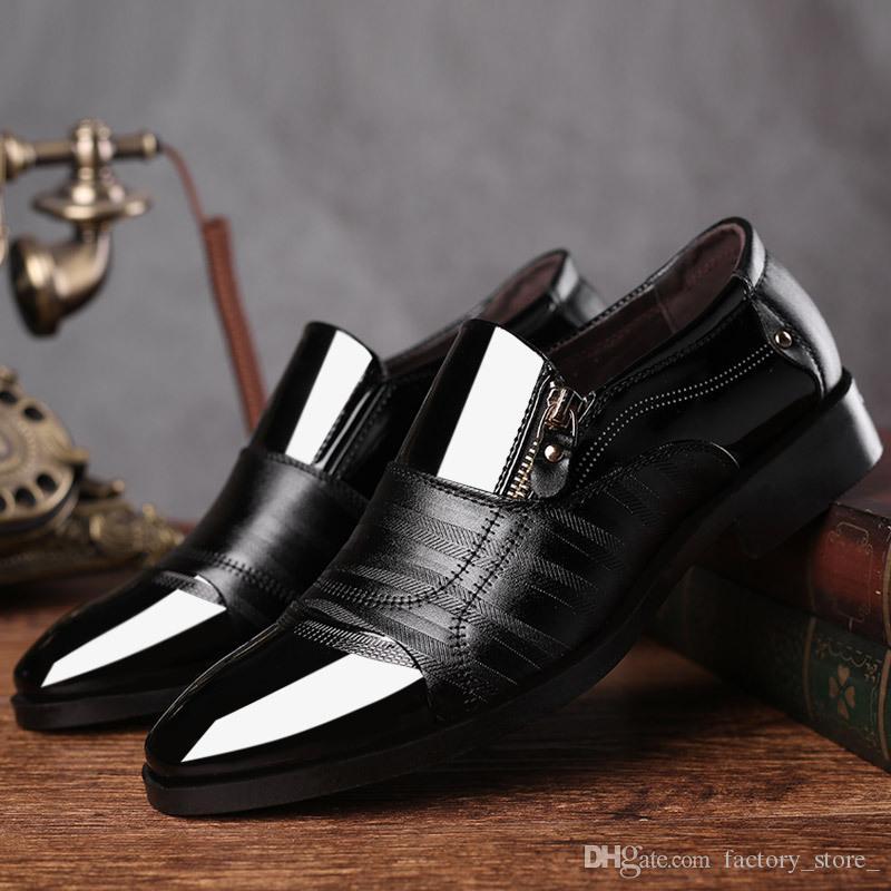 Lacklederschuhe für Mannmüßiggänger kleiden formale Schuhe der klassischen Schuhbüromänner ledernes scarpe uomo eleganti zapatos de vestir