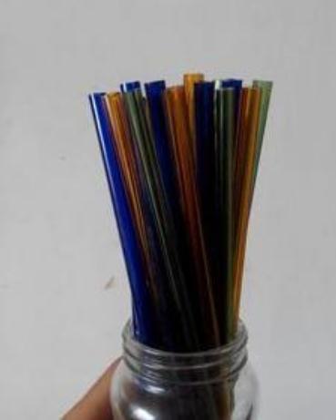 Accessori per il fumo all'ingrosso Narghilè in vetro Borosilicato colorato Tubo di vetro Consegna casuale dei colori