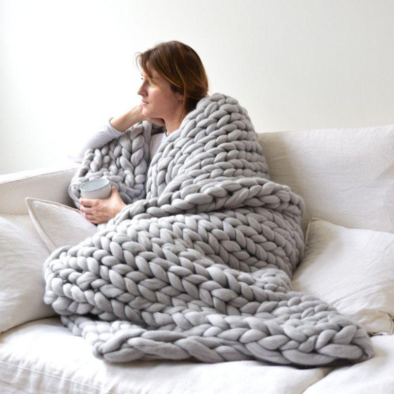 2020 Handmade Chunky Knit Blanket Soft Warm Thick Yarn Wool Bulky Knitted Throw
