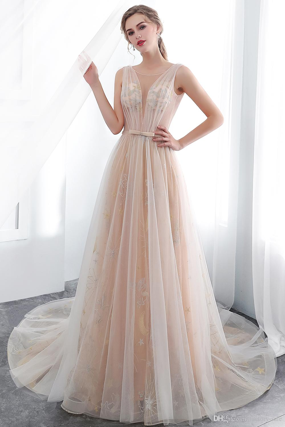 2019 Light Champagne Vintage Evening Dresses Sheer Neck V Neck Lace  Appliques Plus Size Formal Dresses Elegant Abiti Cerimonia CPS1005 Evening  Dresses ...