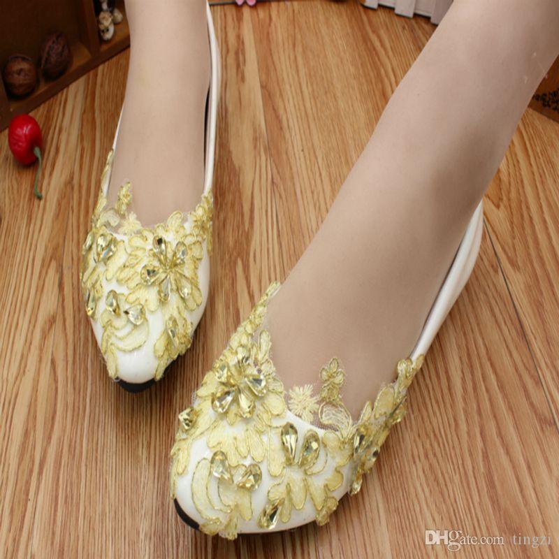 Złota Koronkowa Koronki Buty ślubne Płaskie Obcasy Spiczaste Toe Slip On Buzy Bridal Mieszkania 2018 Nowe Płaskie Flatform Closed Toe Heels