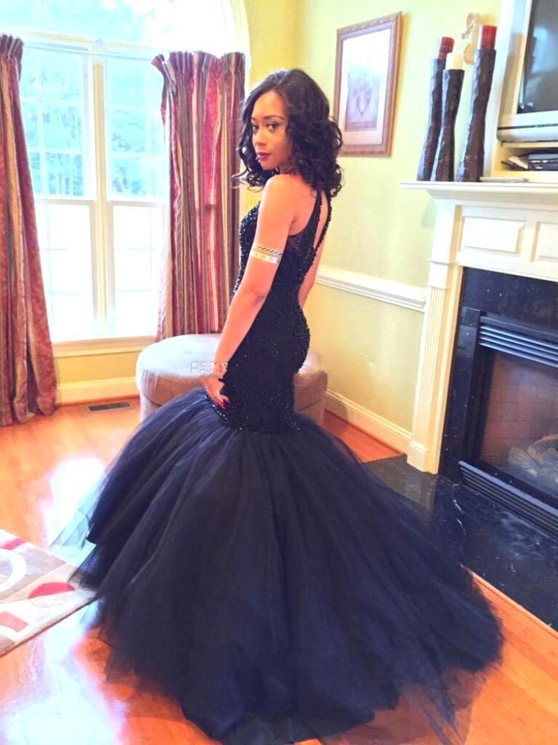 2018 New Elegant Black Mermaid Prom Dresses Bordare Tulle Blu Navy Abiti da sera a sirena Abiti da festa rosa chiaro