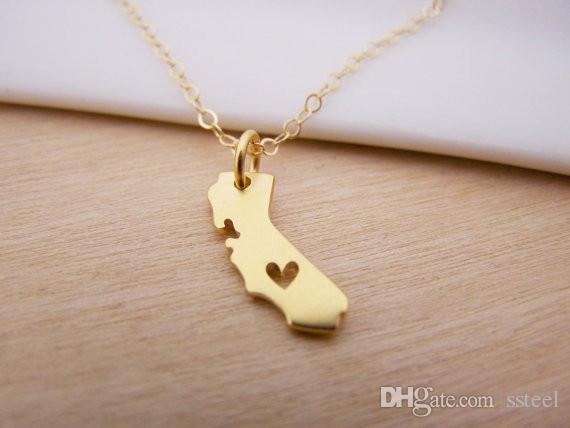 10 unids Amor Mapa de California Collar EE. UU. Forma de Estado Collar de Clavícula Joyería Accesorio Recuerdo Presente